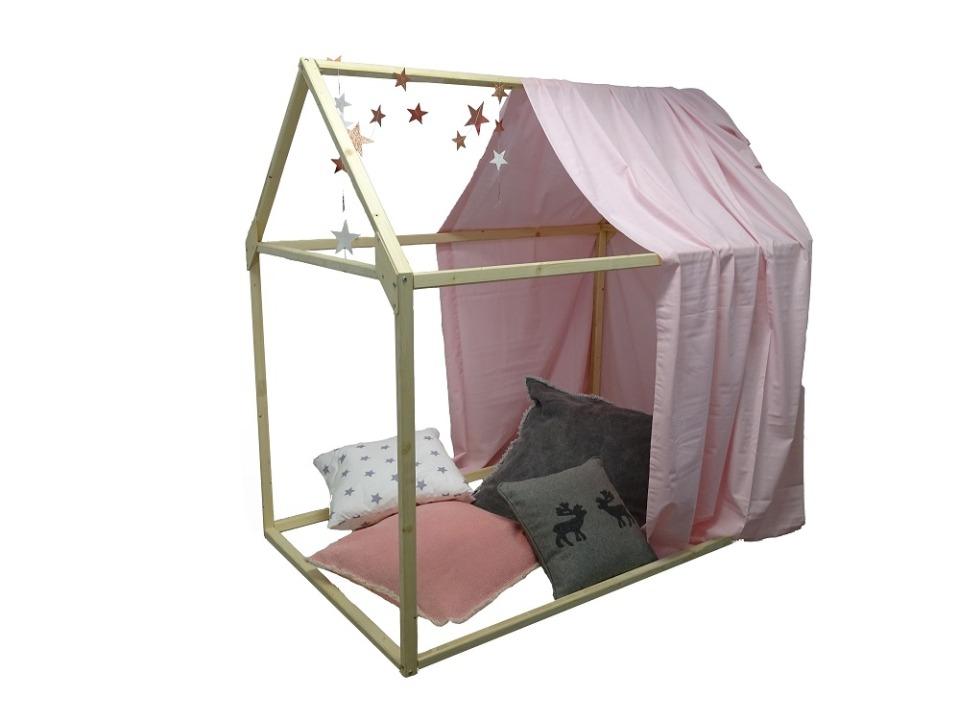 Spielhaus Lilly mit 4 Kissen und Sternengirlande