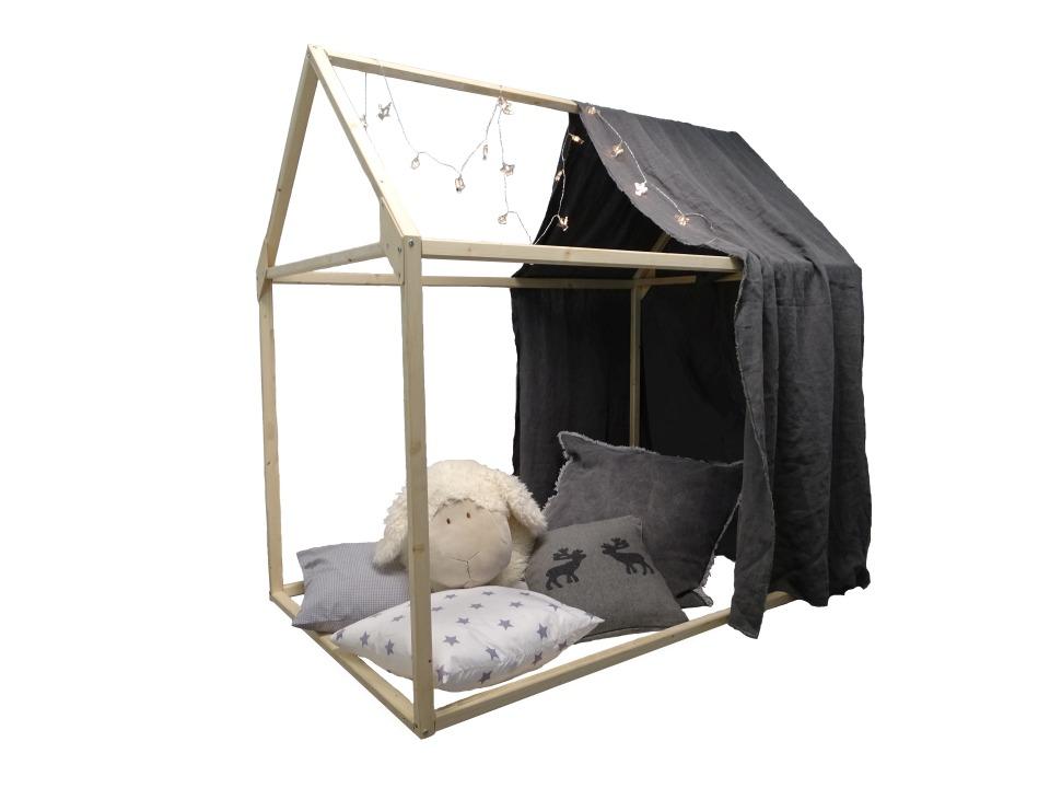 Spielhaus Ben mit Kissen und Schafskopf